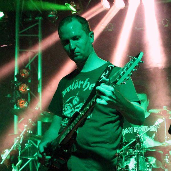 Rob | Solarbird Guitarist